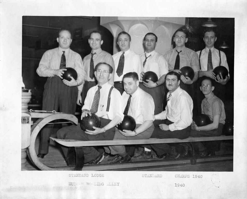 standard lodge bowling team